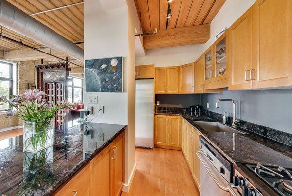Worx Lofts – 436 Wellington Street West
