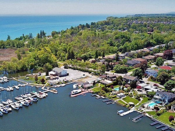 south pickering real estate