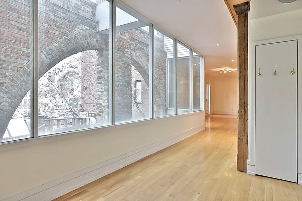 Richard Bigley Lofts – 98 Queen Street East